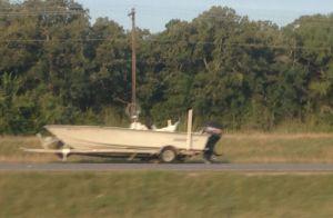8_abandonedboat